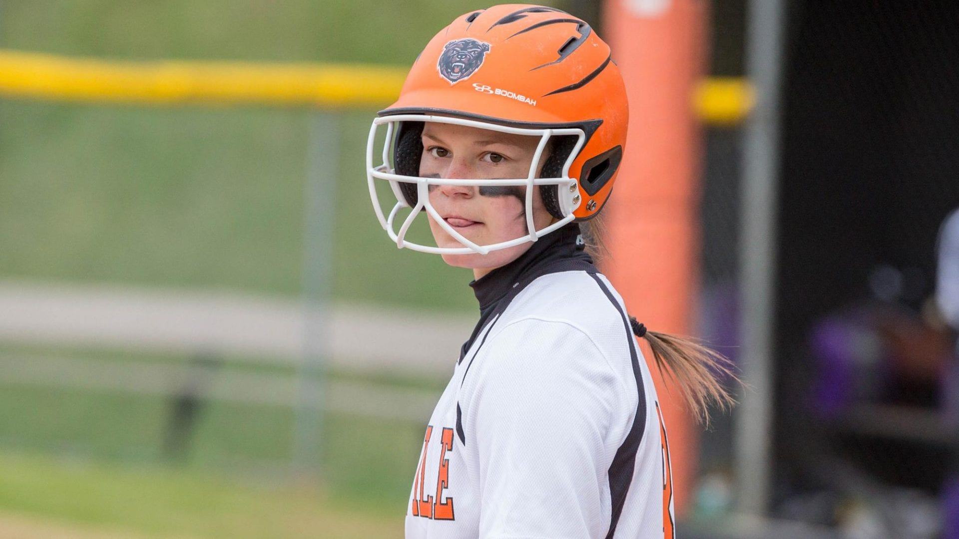 COLLEGE SOFTBALL: Bears split season-opening series with Indiana Wesleyan