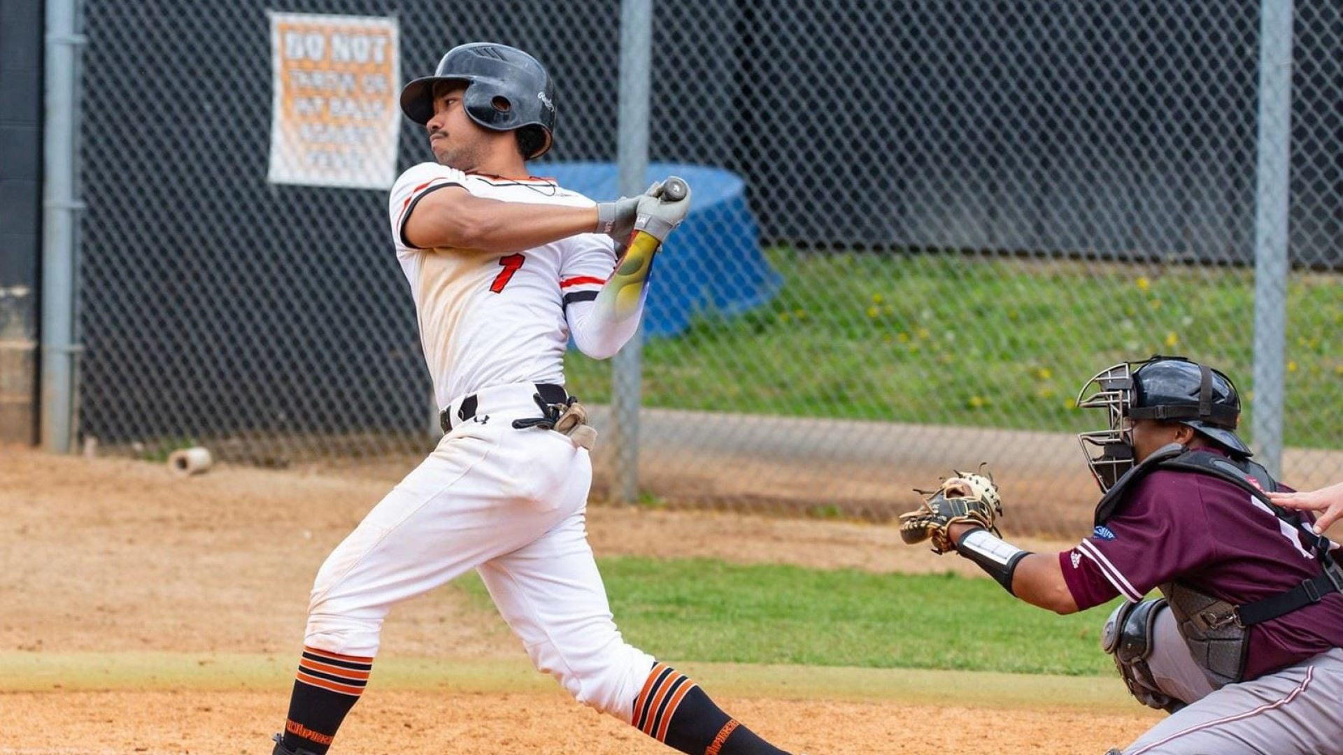 COLLEGE BASEBALL: UPIKE rallies to split doubleheader